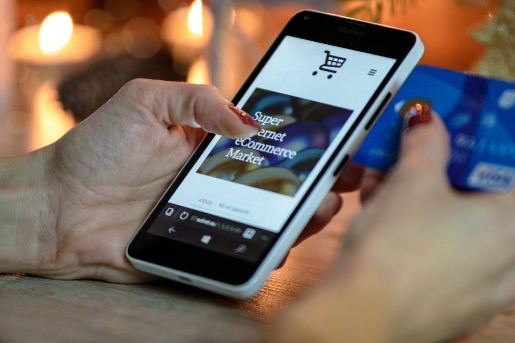 PREDAJ NA INTERNETE  , predaj cez telefón či počítač nikdy nebol jednoduchší